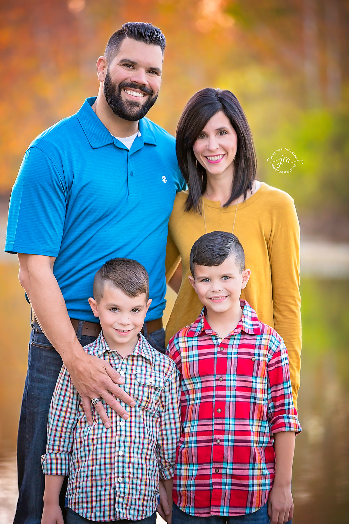 Fall Family of 4 - Nashville Family Photographer | Jo McVey Photography