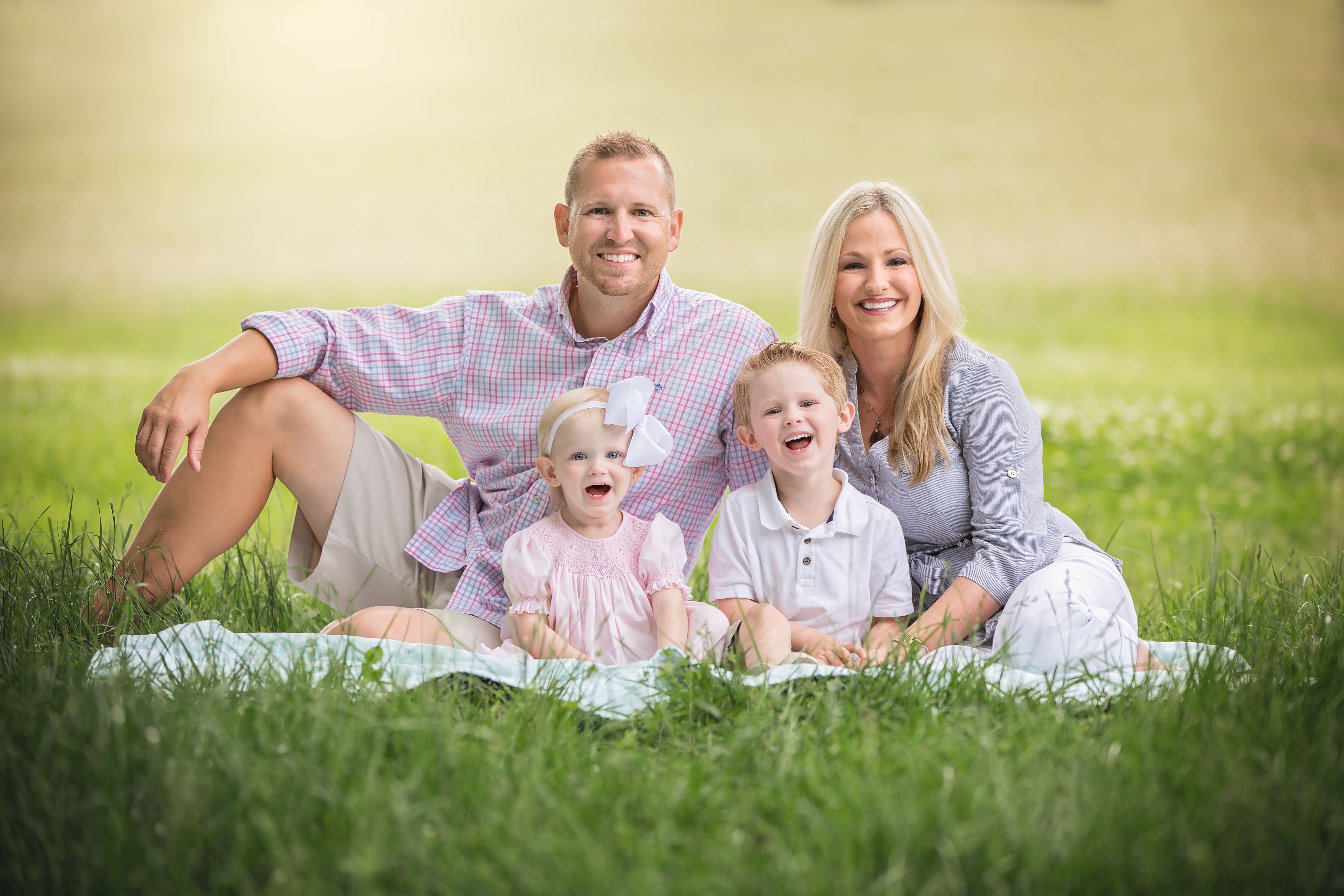 Spring Family of 4 wearing pastel colors - Nashville Family Portraits