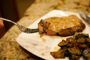 Steak w Wiskey Cream Sauce-17