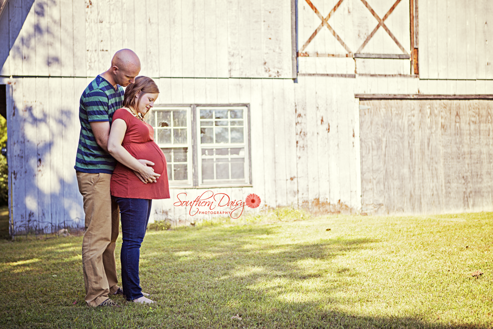 Sarah's Maternity Session | Gallatin, TN