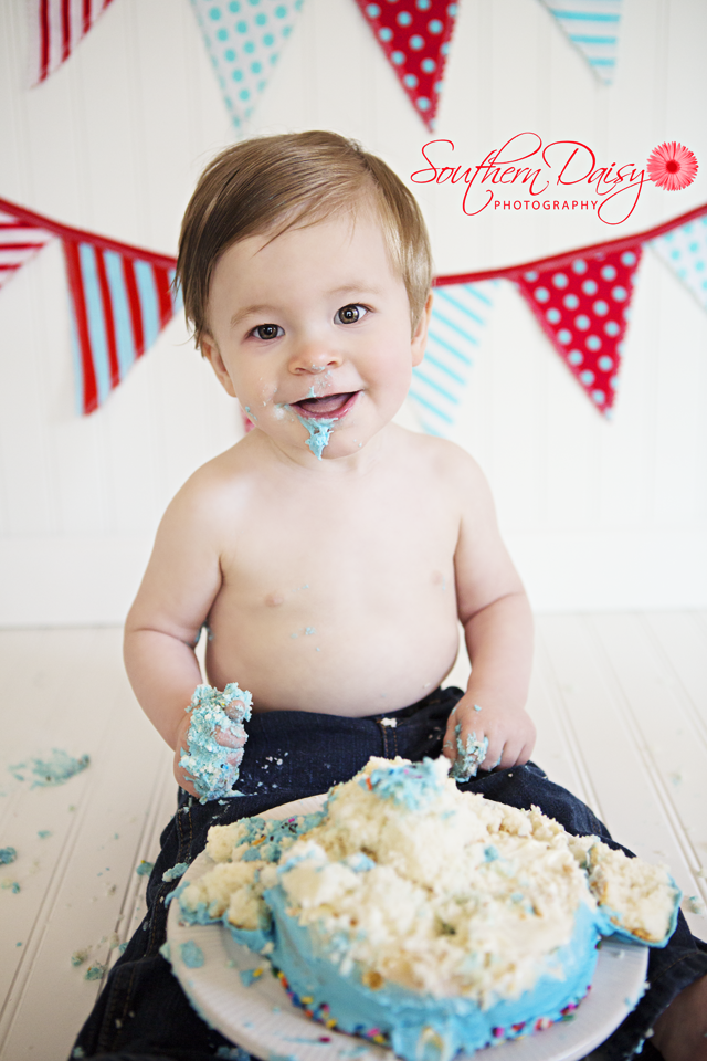 Grayson's Cake Smash (better late than never)