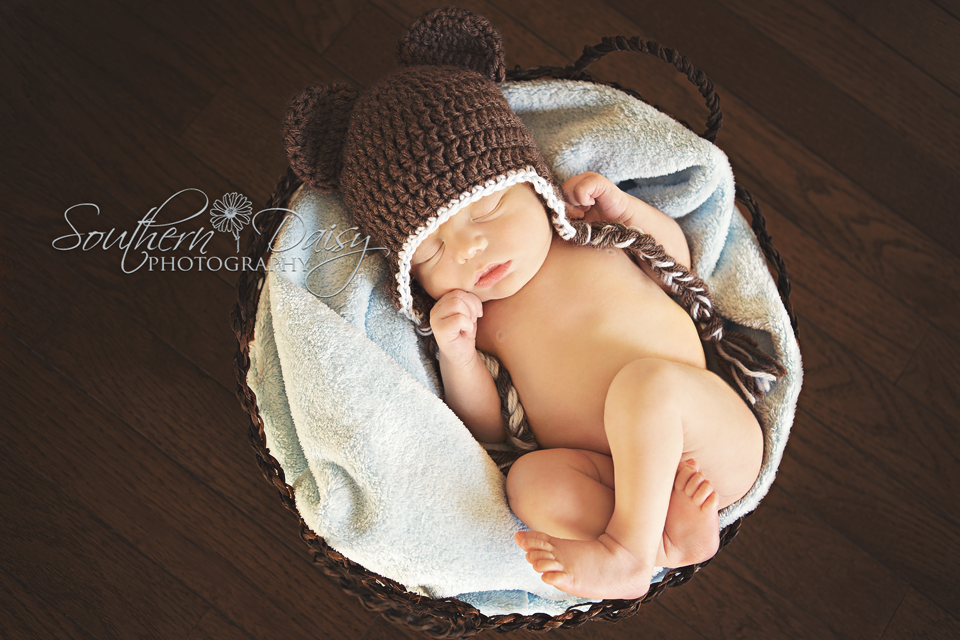 Cruz - 4 Days New {Hendersonville, TN Newborn Photographer}