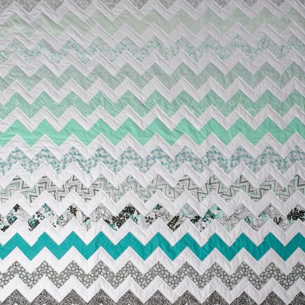 Chevron Quilt {Free Pattern}