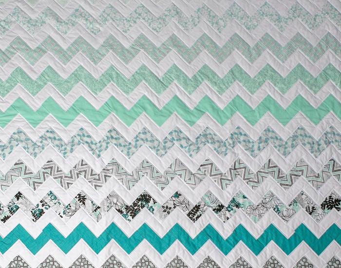 Chevron Quilt {Free Pattern} - Jo McVey Photography - Nashville ... : chevron quilt pattern free - Adamdwight.com